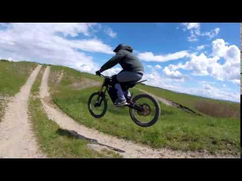 LMX dirt jump