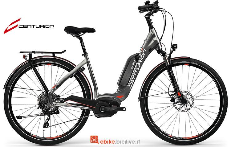 Una city bike elettrica E-Fire City R850
