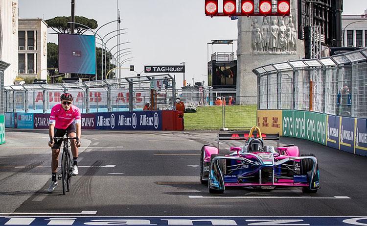 partenza simulata del Giro E 2018