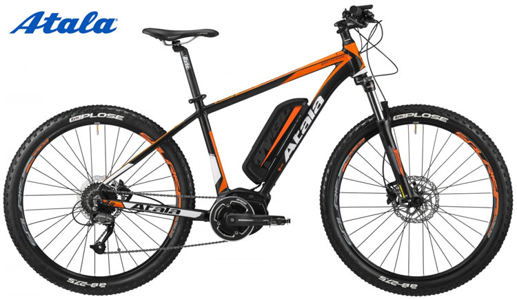 Una mtb elettrica front Atala B-Cross 400 AM80 color arancio e nero