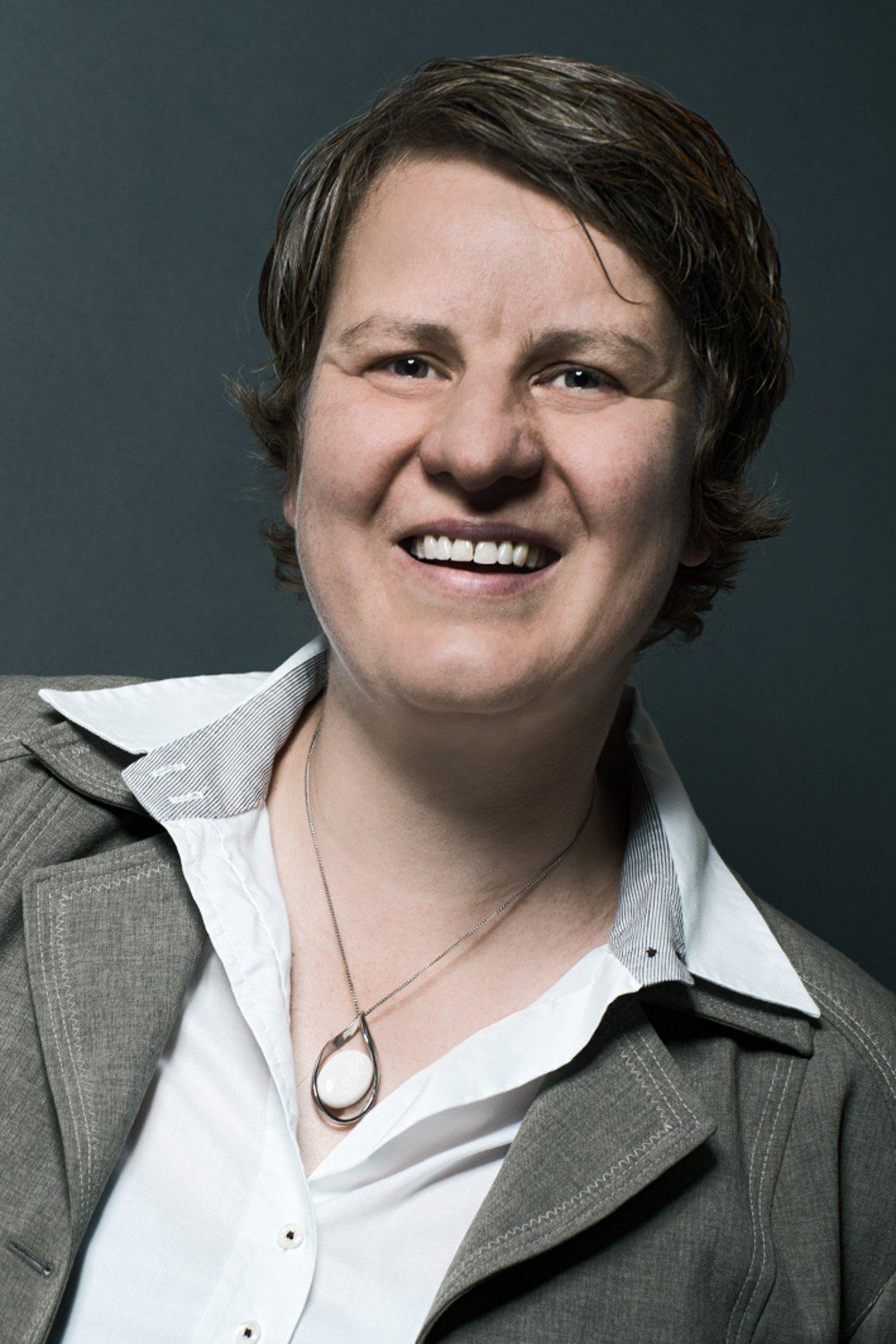 Verena Graf, NCTE