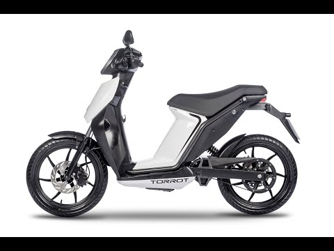 Torrot Muvi Executive 3kw Electrc Moped Static Review – Comparison with Askoll – Green-Mopeds.com